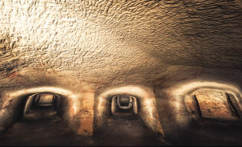 Tour of Rock Cemetery Catacombs tickets