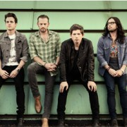 Kings of Leon Tickets image