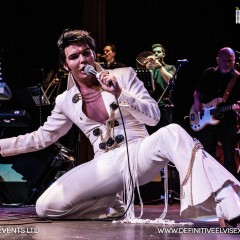 Ben Thompson as Elvis