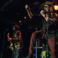 Tyber and Pete from The Dualers image