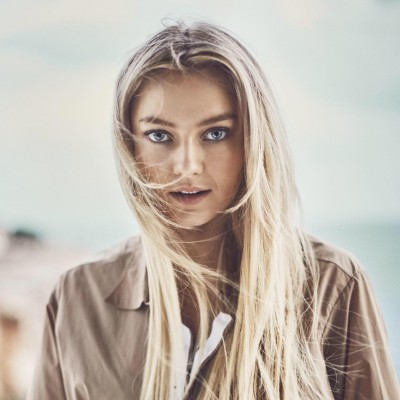 Astrid S tickets