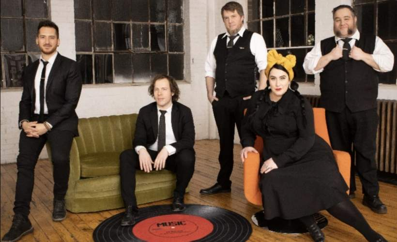 Davina & The Vagabonds tickets
