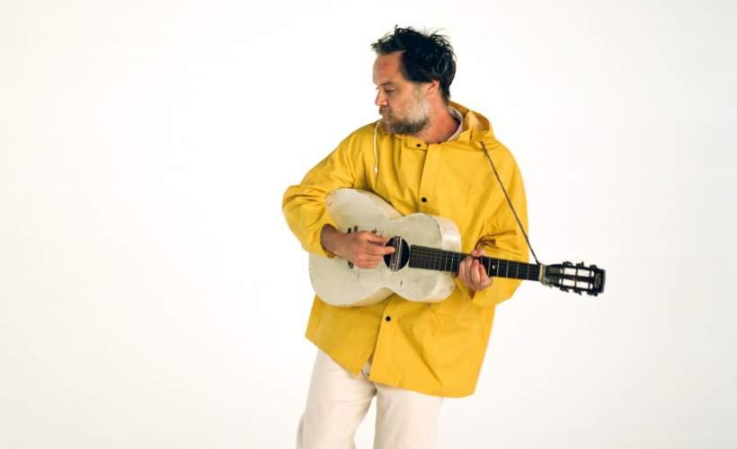 Rodrigo Amarante image